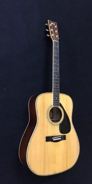 Đàn guitar acoustic YAMAHA FG-300D