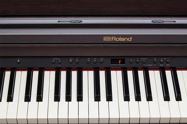 Đàn piano Roland HP-330 có hệ thống âm thanh tiên tiến nhất của thương hiệu đàn Roland