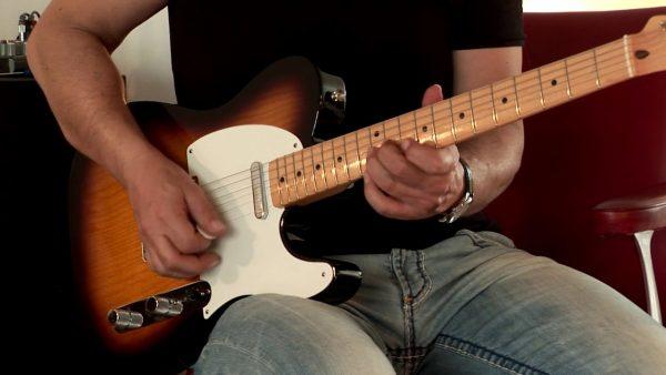 Đàn guitar điện Fender chính đi đầu về phát minh và mở rộng đàn guitar điện