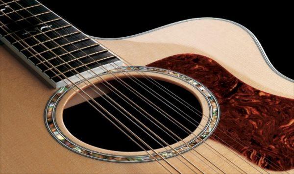 Đàn guitar Acoustic còn gọi là guitar đệm hát