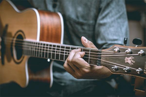 Đàn guitar Nhật được đánh giá rất cao về chất lượng âm thanh