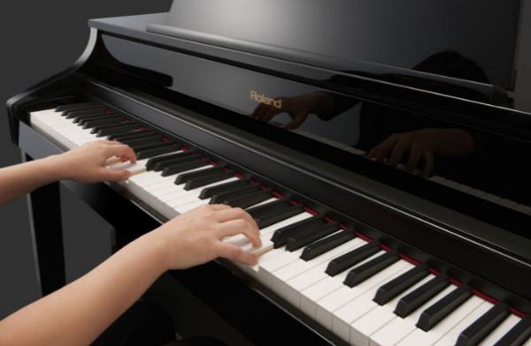 Rải hợp âm (Arpeggio) là kỹ thuật rất quan trọng trong đàn piano