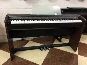Piano điện CASIO PX 700