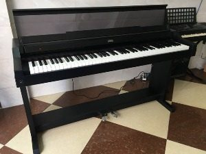 Piano điện KORG C 5000