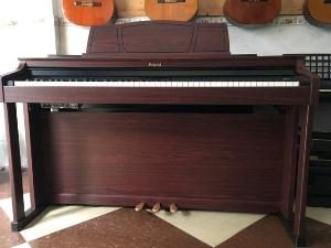 Piano điện ROLAND HP 305