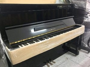 Piano YAMAHA HQ 100SX