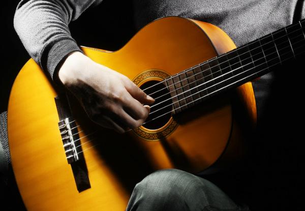Hãy tìm một người đồng hành trong quá trình học đàn guitar