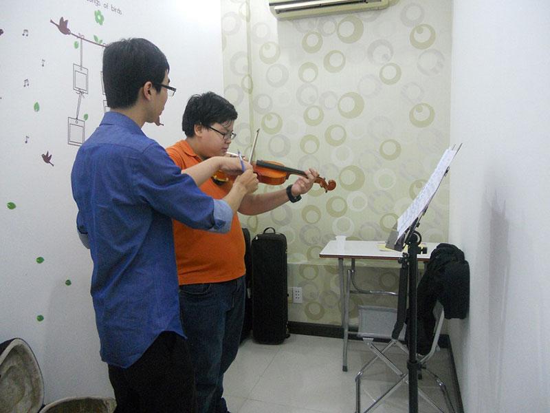 hoc dan violin qua mang - Cách học đàn violin qua mạng hiệu quả